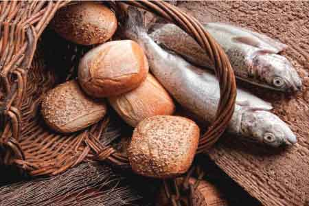 loaves and fishes image