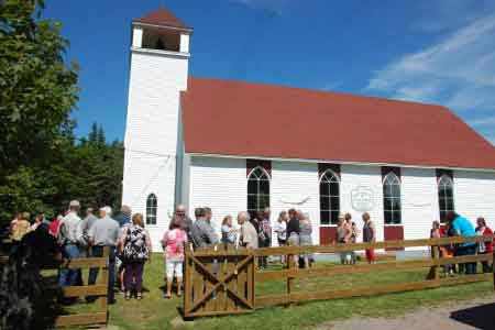 image of a crowd outside a church buidling