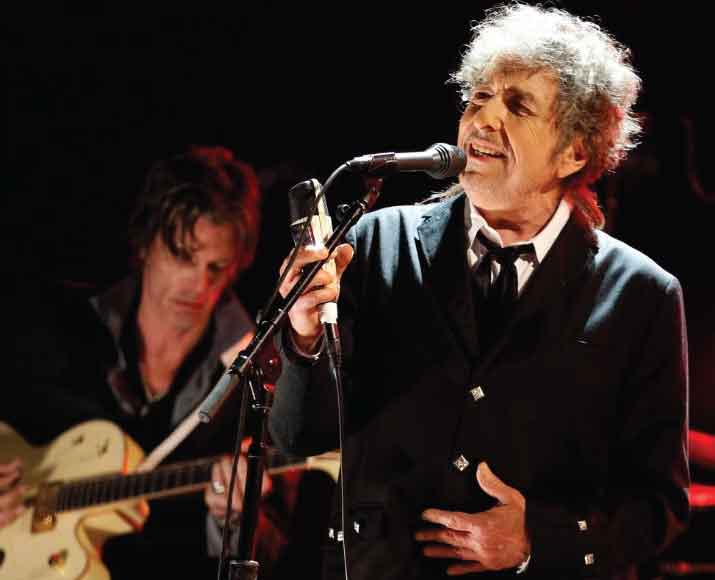 Bob Dylan Considers Himself A Christian and a Jew